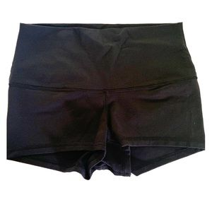 BLACK! lululemon high rise shorts!